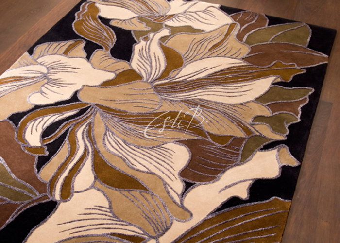 Eau rug - leaves in shades of brown, beige