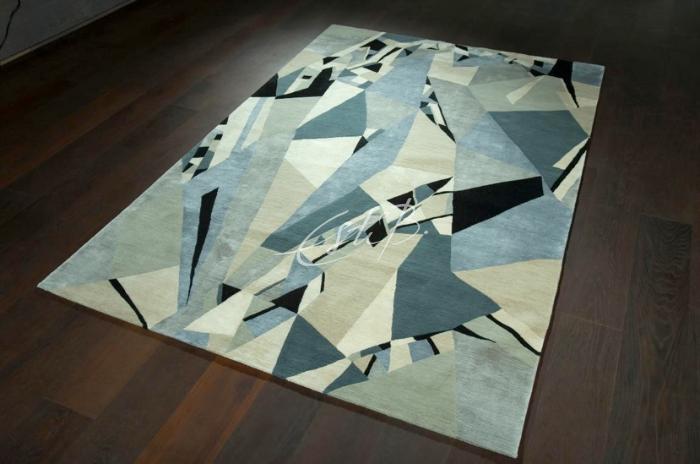 Topfloor blog interview with Esti Barnes. Emerald rug