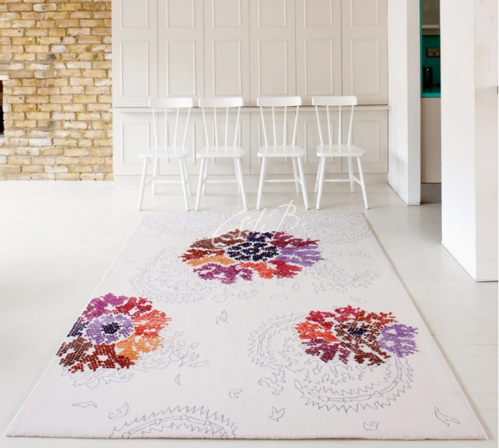 Princess Gehver rug on white floor