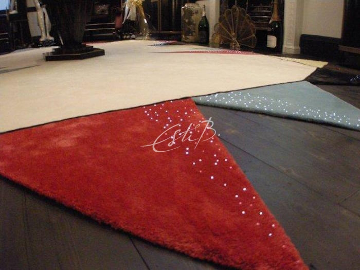 Fireworks-inspired rug from the Luminoso range