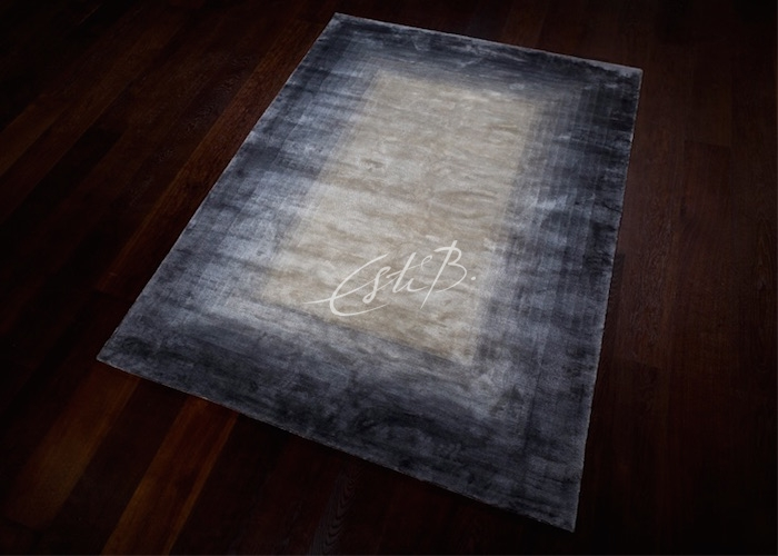Envelope rug from 2D collection